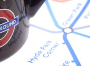 De metro nemen in Londen